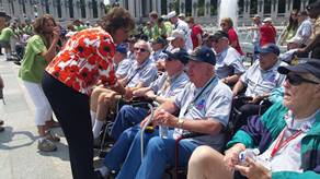 Photo Release: Walorski Visits WWII Honor Flight at WWII Memorial