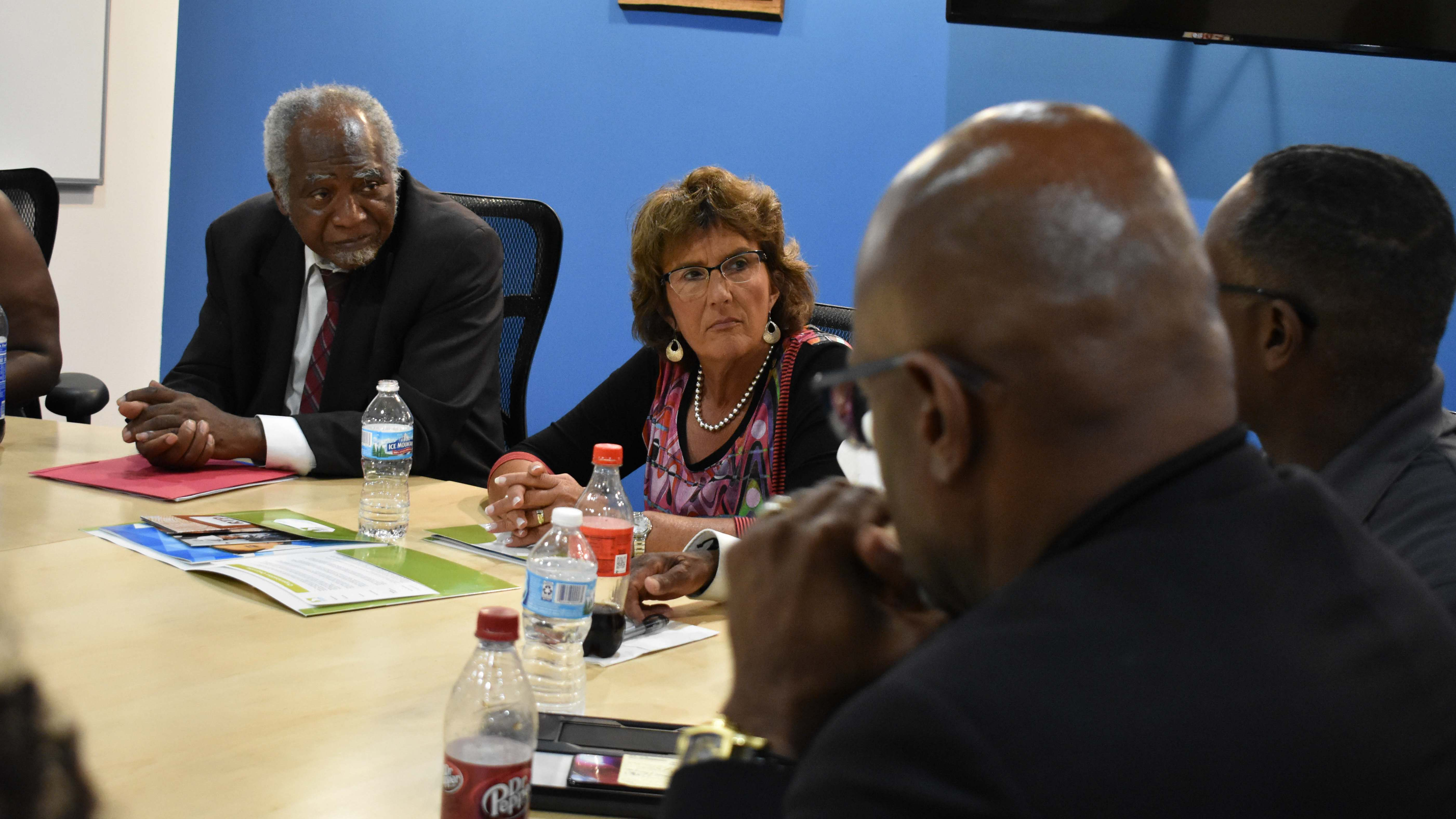 Walorski, Davis Explore Bipartisan Solutions in Visits to Chicago Community Support Organizations
